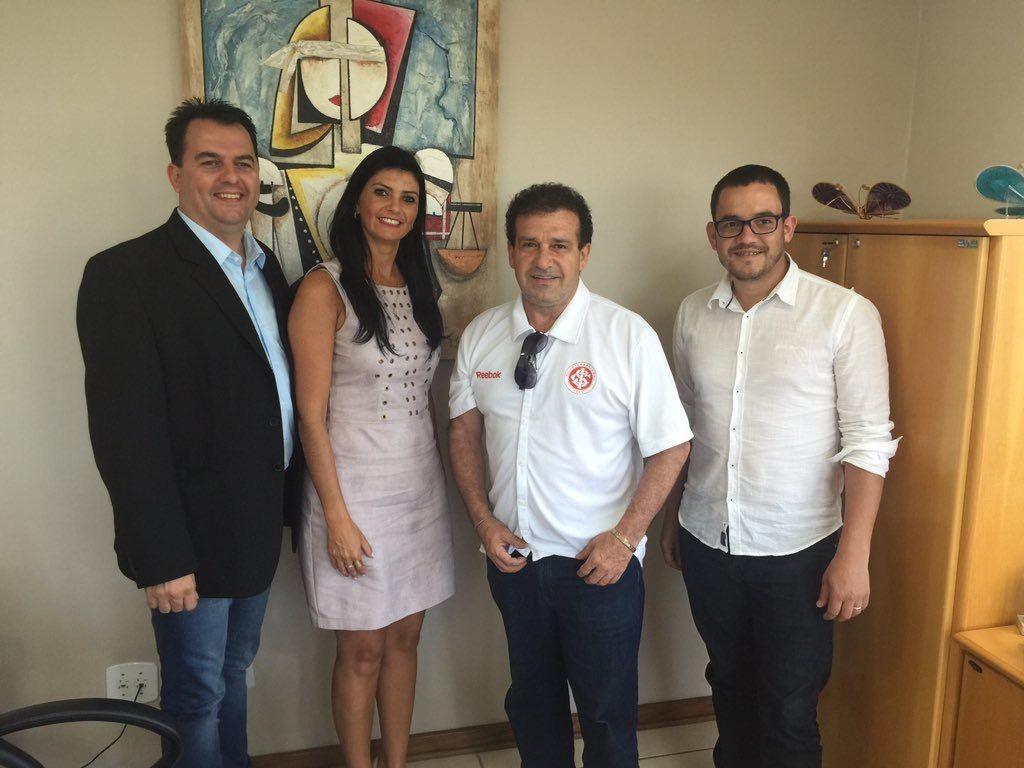 Pompeo firma compromisso com prefeito de Cruz Alta
